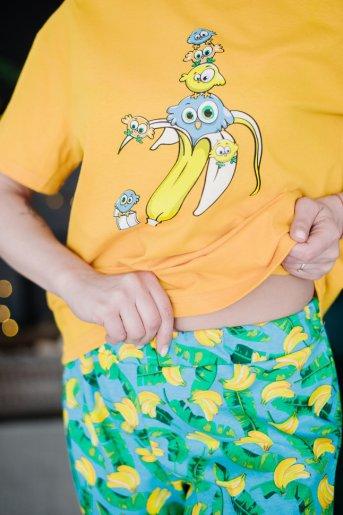 "Женская пижама ЖП 024 ""Ж"" (Принт смешарики в банане) (Фото 2)"