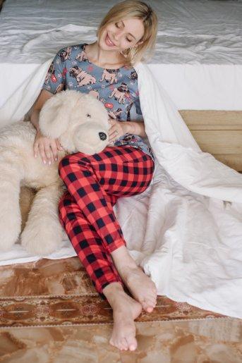 "Женская пижама ЖП 067/1 ""Ж"" (Мопсы _ красная клетка) - Дамит"