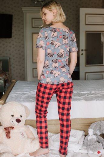 "Женская пижама ЖП 067/1 ""Ж"" (Мопсы _ красная клетка) (Фото 2)"